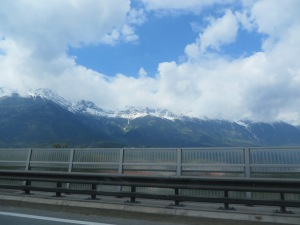 mountains from highway leaving loden